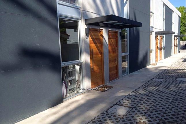 Casa a Estrenar 2 dormitorios, cochera. Carrasco Norte
