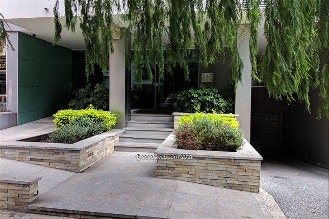 Alquiler Pocitos Amplio Monoambiente  Oficina o vivienda.