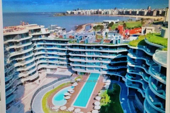 1 dormitorio y gje. Edif Forum. Fte. al Puertito del Buceo