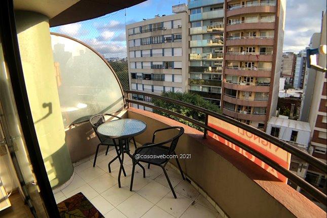 Edificio categoría amueblado Sarmiento y Prudencio Vázquez